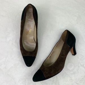 Salvatore Ferragamo Black/Brown Suede Pumps Sz 8.5